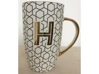 Slender Golden Alphabet Mug Letter H