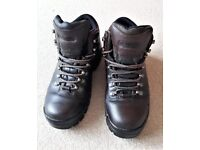 Peter Storm - Vibram 'Skiddaw' Walking Boots. Size 9UK