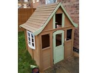 Play house from Cosco. RRP £250 (REDUCED)!!