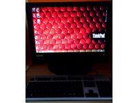 Lenovo ALLINONE. Pentium Dual Core E5500 2.8GHZ.4GB Ram. 200GB HDD WINDOWS 7PRO 64BIT WIFI