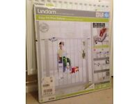 New Lindam Easy-Fit Plus Deluxe No Drill Pressure Safety Gate