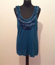 LADIES TEAL GREEN TOP - SIZE L - from OASIS