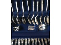 Stainless Steel 8 piece set boxed cutlery