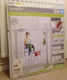 Lindam Easy-Fit Plus Deluxe pressure fit safety gate