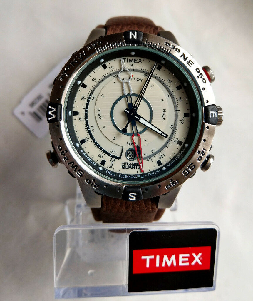 74c2d46fa8a5 Mens Timex Indiglo Intelligent Quartz Watch T2N721