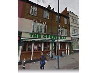 Pub to Let..with 2x 3 bed flats above and a 1 bed bedsit. HUGE POTENTIAL!!!