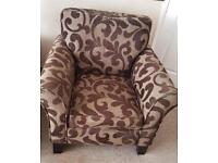 Comfy Patterned Feature Lounge Chair