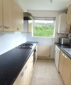 STUDENT HOUSE AVAILABLE 1ST JULY 2017 4 BED HOUSE ON BOSLEY AVE IN WITHINGTON £50 x 4 PER WEEK