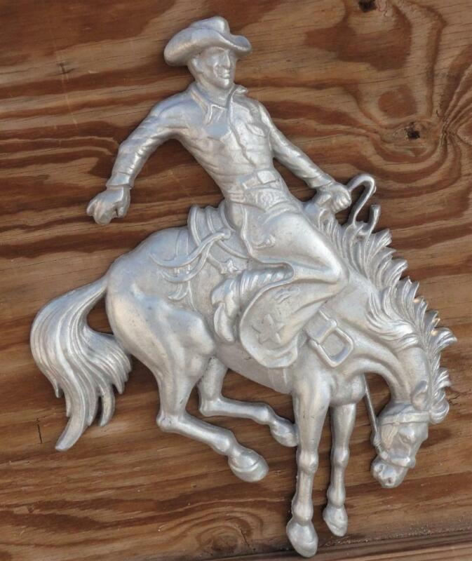 Saddle Bronc Bronco Rider Cowboy Western Cast Aluminum Wyoming Metal Wall Decore
