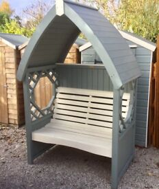Bramble Garden Arbour. New. Ready Built.