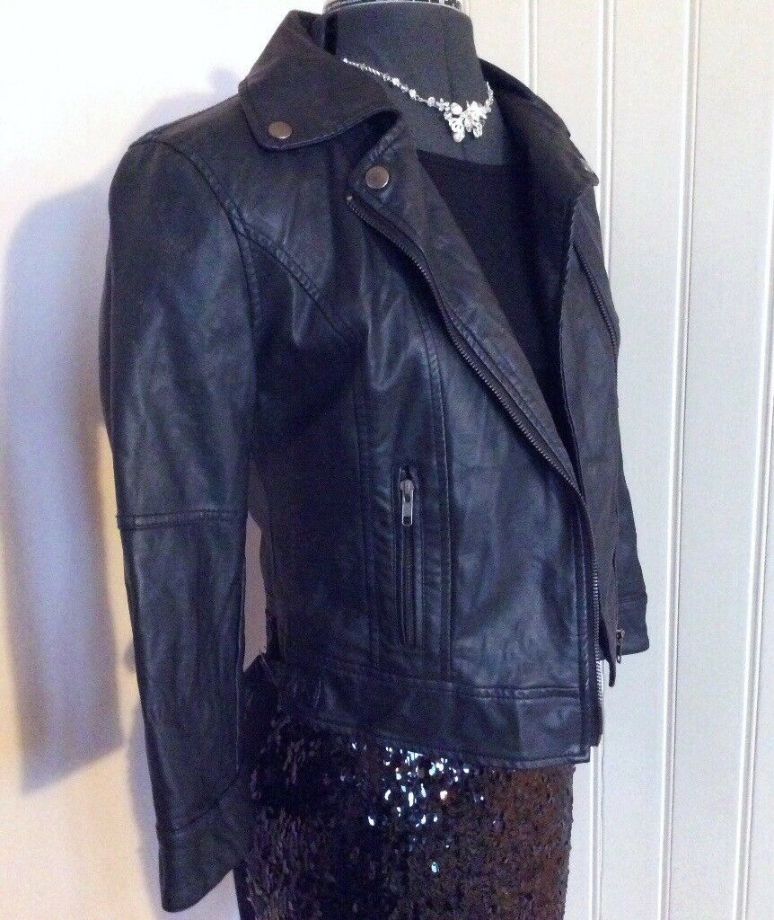 Black Leather Fitted Cropped Biker Jacket Size 10 Lined 3/4 Sleeves Primark
