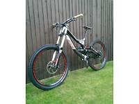 Specialized Demo 8 2013 downhill mountain bike, Small