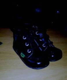 Toddler kicker boots