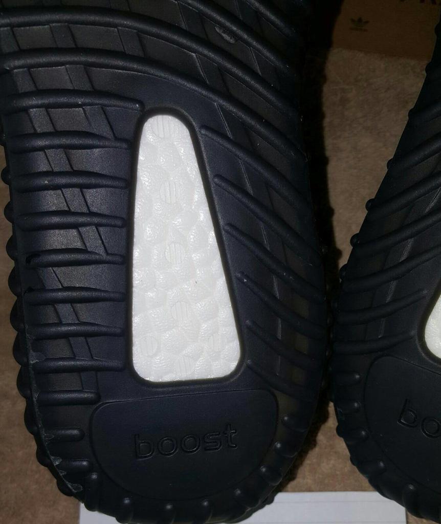 ADIDAS YEEZY BOOST 350 V 2 OREO BLACK WHITE UK 9 US 9.5