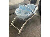 Babies crib and stand