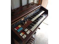 Hammond 144 K2 composer series organ.