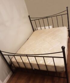 King size bed and mattress (can deliver)
