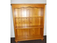 SOLID PINE WOOD BOOKCASE GOOD CONDITION £30