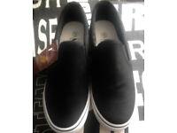 New Ladies Black & White Flat Espadrilles Pumps Plimsolls Loafers Deck Boat Shoes.Size 4.