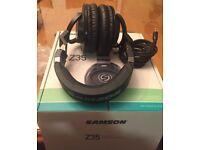 Samson Z35 Closed back over ear studio headphones