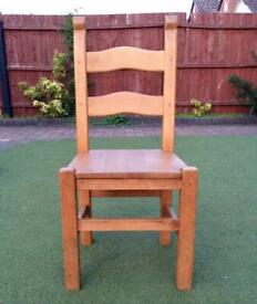 Set of 4 wooden oak chairs
