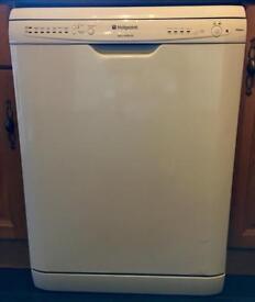 Hotpoint full size Dishwasher
