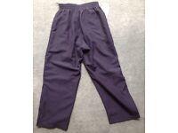 "Cleeve school Girls Navy jogging trousers 24/26"""