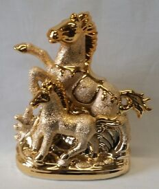 SET OF 2 , 24CM GOLD HORSE ORNAMENTS