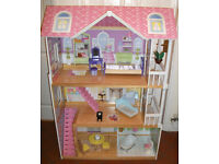 ELC dolls house in great little used condition