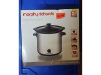 BRAND NEW £20 Morphy Richards Slow Cooker Polished Round Stainless Steel, 3.5 Litre - 170 Watt