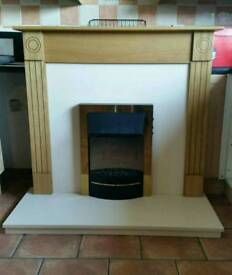 Fire place with electric fire. Excellent condition. Can be delivered