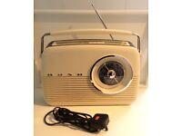 🎶 Bush Retro Style Radio in classic cream. 🎶 £18