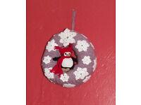 Handmade crochet Christmas wreath (penguin)