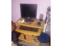 Dell Dimension 3000 PC & Computer Desk