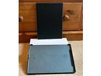 Apple iPad Pro 128GB, Wi-Fi, 12.9in - Space Grey with Apple silicon grey back