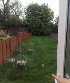 Large garden 2 bed flat , kidlington