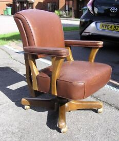 VINTAGE MID CENTURY LEATHER OFFICE SWIVEL CHAIR - BARBERS TATTOO INDUSTRIAL LOFT