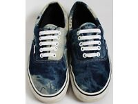 Women's Size 6 Vans Trainers - Blue and White Tie Dye Print