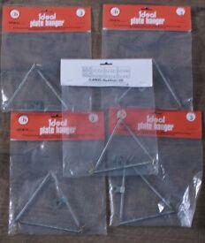 5 Plate Hangers (unused)