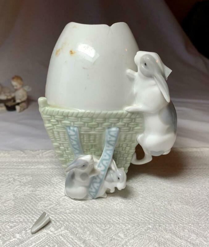 Easter Bunny Rabbit Egg Vase Antique Porcelain Germany Sitzendorf c1900