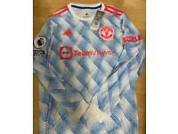 New Manchester United away shirt long sleeve size large