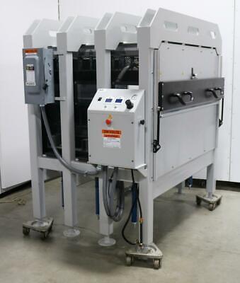 Geo Knight Co. Triton 931 42 X 45 60 Ton Heated Platen Press