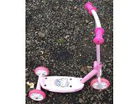 Hello Kitty Girls Scooter