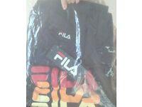 fila t-shirt size large