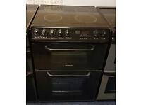 £190 Black Hotpoint 60cm Ceramic Cooker – 12 Months Warranty