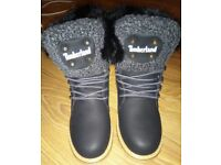 Ladies Brand New Black Timberland Boots Size 6