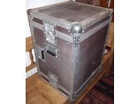 """Flight case, 19"""" rack 9U high made by the Packhorse Case Company"""