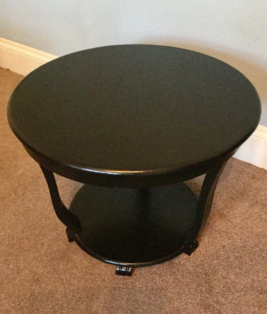 Vintage Black Round Stylish Solid Wooden Table / Coffee Table H18in/46cm W23.5in/60cm