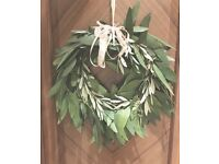 Handmade stylish Christmas wreaths made locally in Richmond!