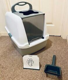 Hooded Cat Litter Tray / Box / Pan + Cat Litter Scoop with Stand - Brand New